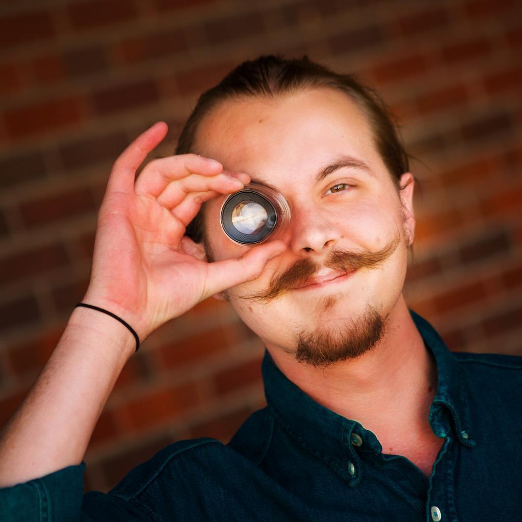 Caleb Fauss - Artist Consultant
